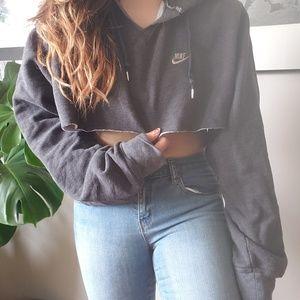 Nike // crop top hoodie